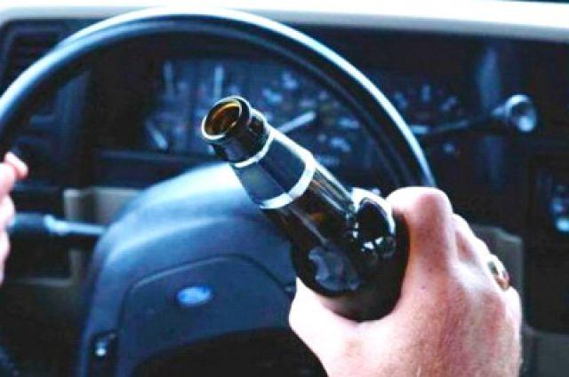 В Оренбуржье полицейские задержали пьяного водителя.