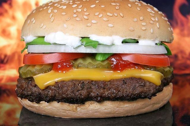 McDonald's в ЦАО могут закрыть за нарушение социальной дистанции