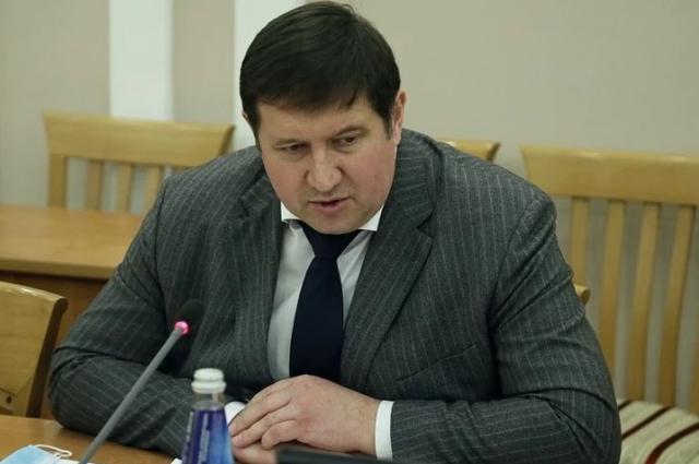 Александр Дементьев.