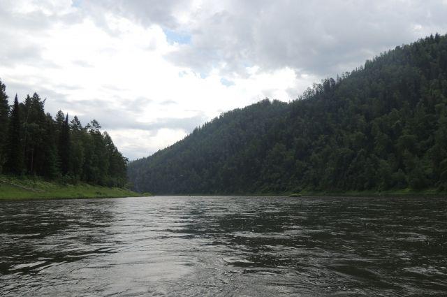 Пробы воды отобрали специалисты Минэкологии региона.