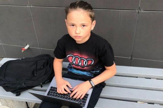 Виртуальную площадку, на которой дети и подростки могут представить всем свои идеи, создал 11-летний школьник Таир Гатауллин..