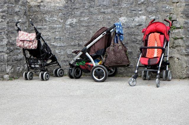 Роскачество назвало лучшие модели бюджетных детских колясок.