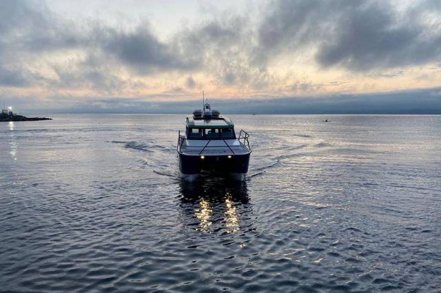 Расписание экскурсий на катамаранах может корректироваться с учетом погодных условий.