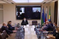 Инициативу районных депутатов о материальном поощрении сельских старост поддержало несколько поселений Сургутского района