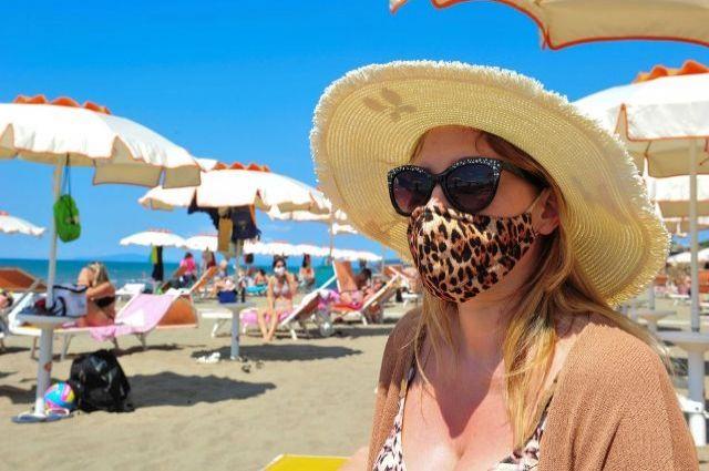 В Литве хотят вакцинировать людей от COVID-19 на пляжах.