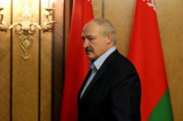 Беларусь не будет принимать самолеты из Украины, - Лукашенко