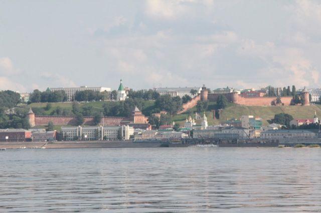 Нижний Новгород (1221 год основания) - место проведения известной по всей Руси Нижегородской Ярмарки - называли «карманом России». Расположен на слиянии Оки и Волги.