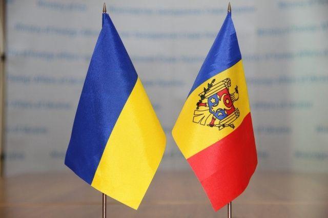 Украина и Молдова обсудили взаимное признание ID-паспортов