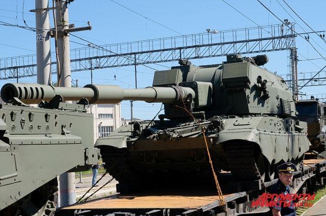 В Пермь прибыл военный эшелон с тематической выставкой