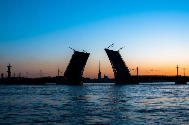 21 июня в Петербурге вступили в силу новые COVID-ограничения