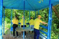 Сотрудники «Оренбургнефти» очистили от мусора 1,5 км береговой линии Сорочинского водохранилища и благоустроили родник в селе Грачевка Оренбургской области.