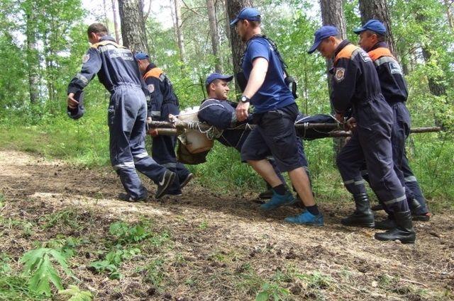 Чтобы вывести пострадавшего с маршрута, спасатели пройдут 8 км.