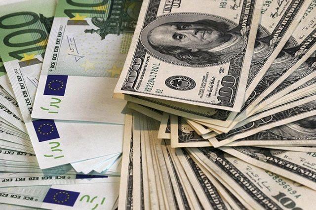 Курс валют на 22 июня: доллар подорожал, евро подешевел