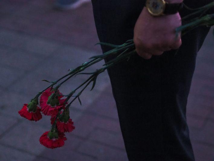 Во время мероприятия были возложены цветы к братской могиле