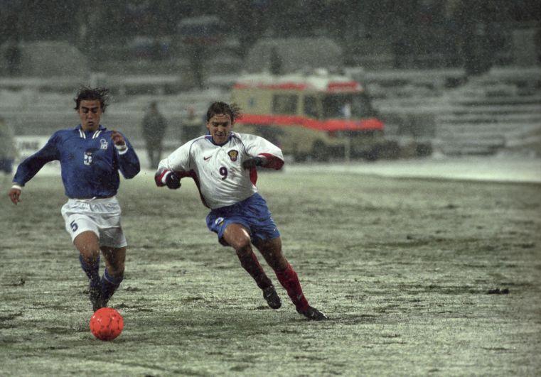 Стыковой матч чемпионата мира по футболу-1998 между сборными командами России и Италии на стадионе «Динамо»