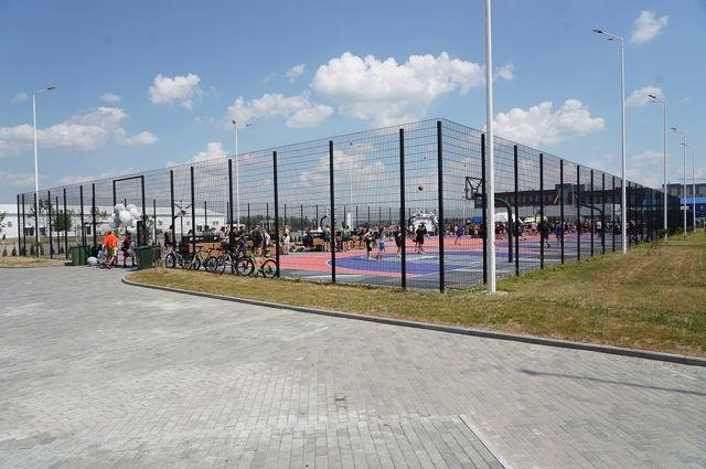 На стадионе «Калининград» открылся новый центр уличного баскетбола