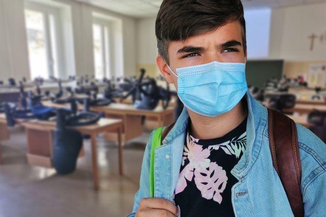 В Надыме из-за коронавируса отменили общегородской выпускной