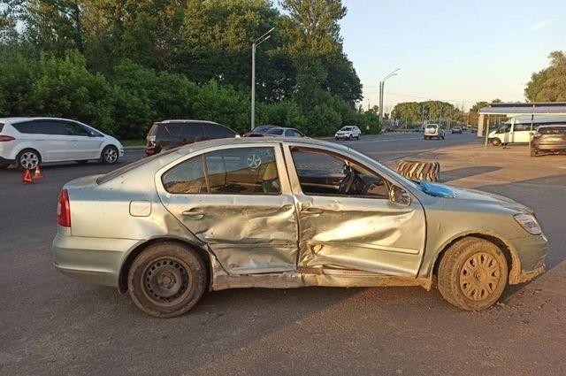 Двое пострадали в ДТП на улице Флотской в Брянске