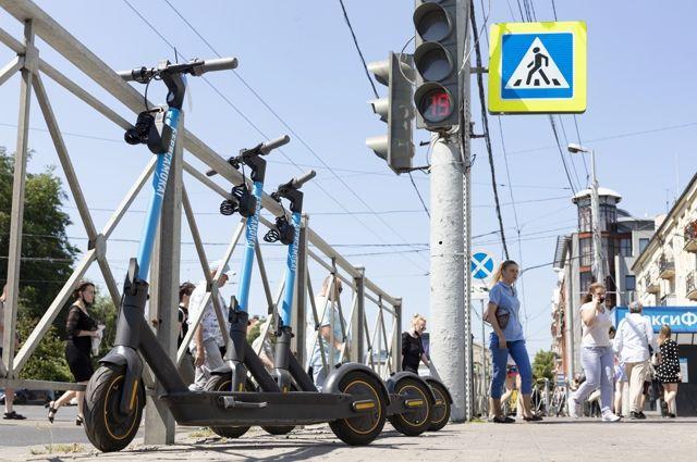Пункты проката электросамокатов есть в каждом районе города.