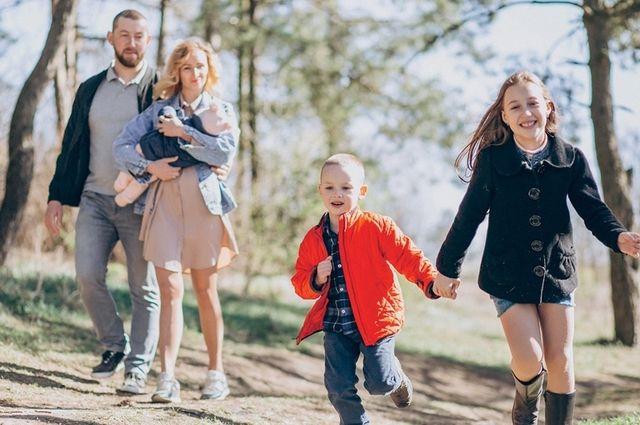 Главные условия для получения господдержки - рождение третьего или последующего ребёнка в период с 1 января 2019 года по 31 декабря 2022 года и наличие ипотечного кредита.