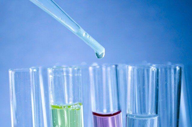 В лабораториях создают материалы, которые могут очистить водоёмы от тяжёлых металлов и стать преградой для электромагнитного излучения, уровень которого только растёт.
