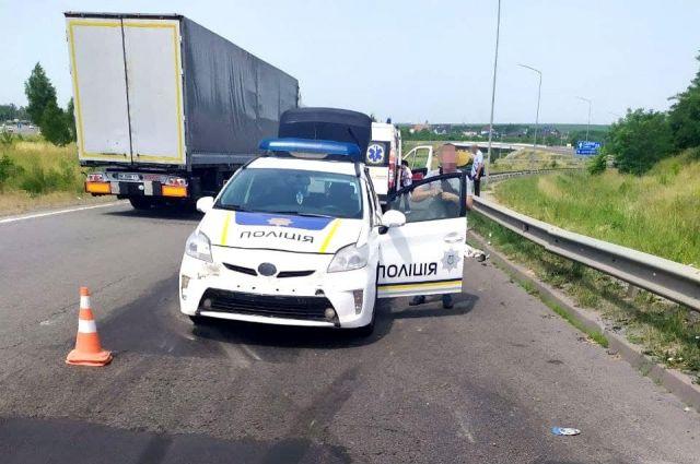 В Ровенской области полицейские сбили мужчину: он скончался в больнице