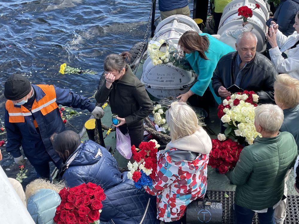 26 июня родственники погибших вышли в Баренцево море.
