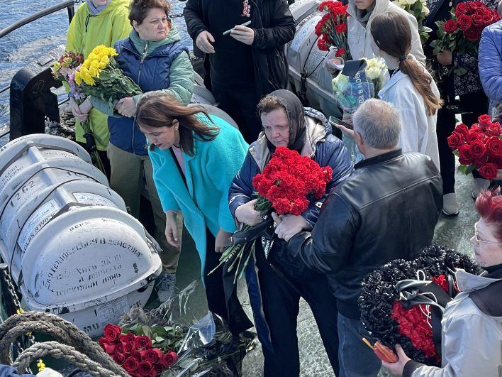 28 июня исполнилось полгода со дня гибели членов экипажа траулера «Онега» в Баренцевом море.