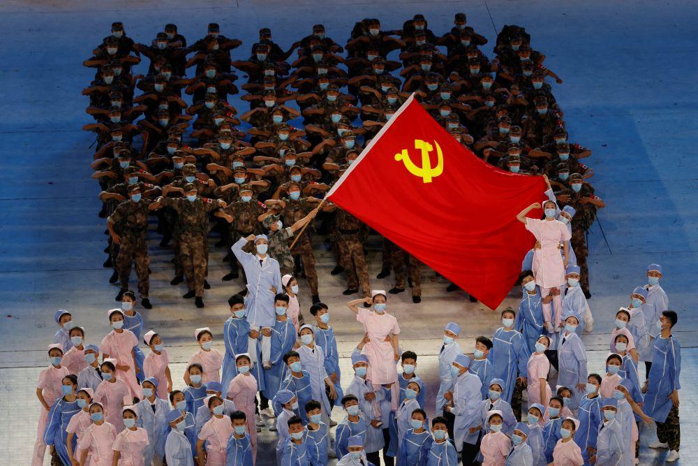 Гала-концерт в честь 100-летия образования Коммунистической партии Китая