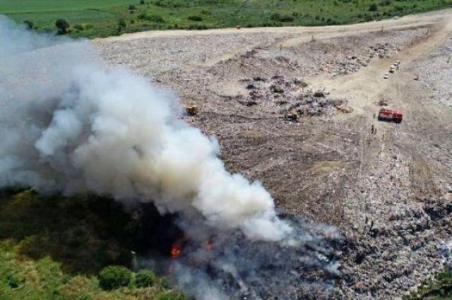 В Тернопольской области произошел пожар на полигоне твердых бытовых отходов.