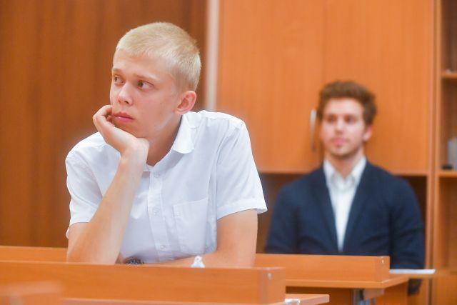 «И быстрых разумом Невтонов» в этом году по результатам ЕГЭ стало больше. ЕГЭ по русскому языку в школе №494 в Москве.