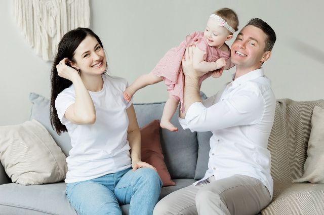 Семейная ипотека на льготных условиях становится доступной большему количеству заёмщиков.