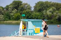 В Киеве на пяти пляжах не рекомендуют купаться: жара испортила воду.