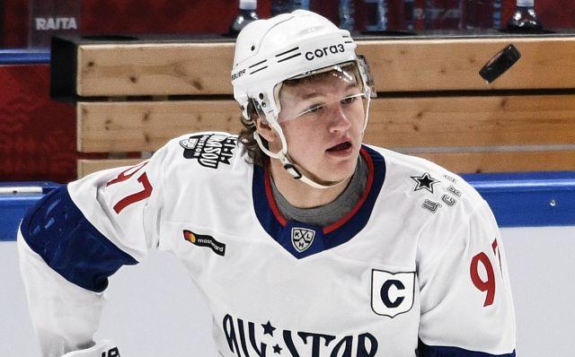 Игрок команды дивизиона Тарасова Кирилл Капризов.