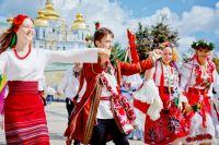Пенсии, тарифы, рынок земли: какие изменения ждут украинцев с 1 июля