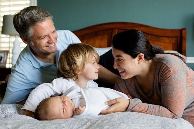 В 2020 году объём поддержки семей с детьми вырос более чем в два раза.