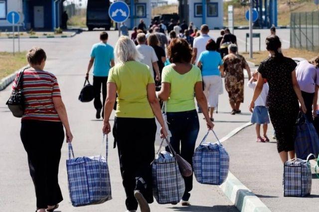 В Украине резко выросло число переселенцев с Донбасса: причина