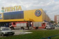 На место выехали 7 пожарных машин.