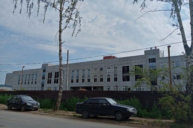 Новый корпус строят на улице Юнг Прикамья.
