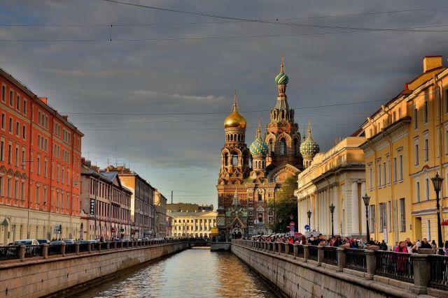 Улицы Петербурга регулярно становятся декорациями к фильмам.