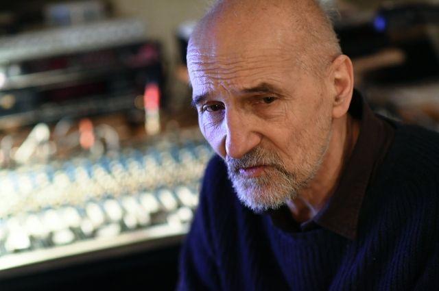 Петр Мамонов.
