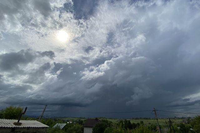 Синоптики Башкирии прогнозируют дожди и порывистый ветер