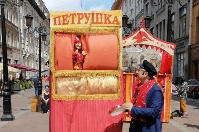 Приморский Петрушка успешно дебютировал на Невском!