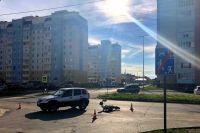 В результате автоаварии водитель мотоцикла получил травмы