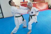 Старость - не болезнь, а любовь к жизни не проходит с годами. Татьяна Богданова доказывает это на занятиях карате.