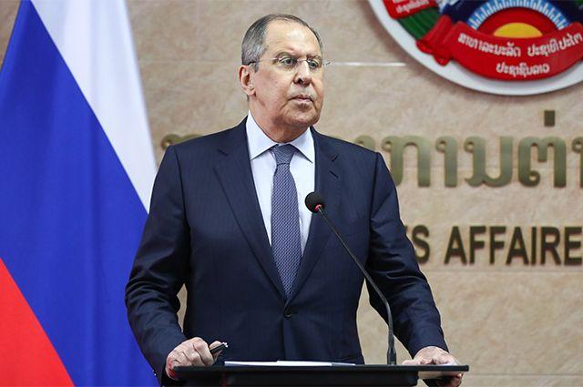 Министр иностранных дел РФ Сергей Лавров во время совместного выхода к прессе во Вьентьяне.