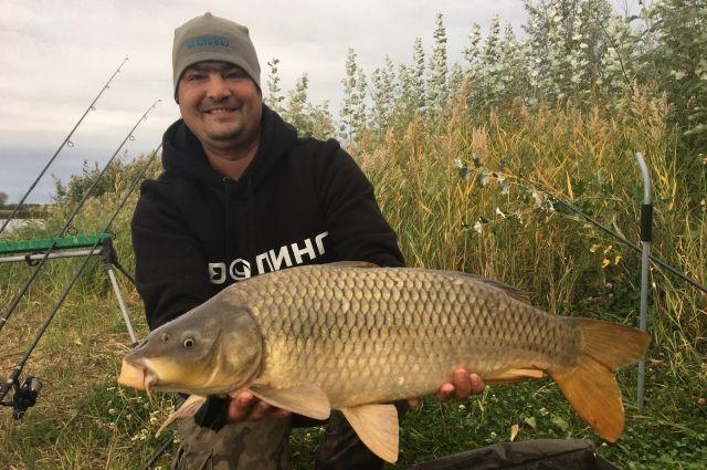 По словам Антона, для хорошего рыбака нет плохой погоды.