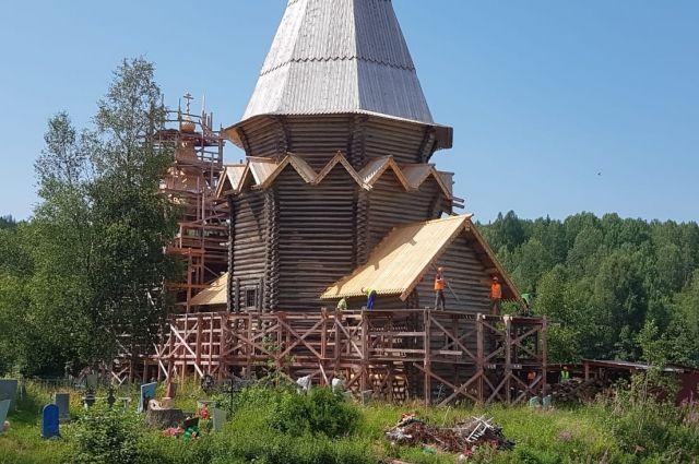 Уже в конце лета могут начаться службы, а в ноябре будет восстановлен и весь храмовый комплекс.