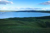 Красноярцам напомнили об опасности заглатывания озерной воды