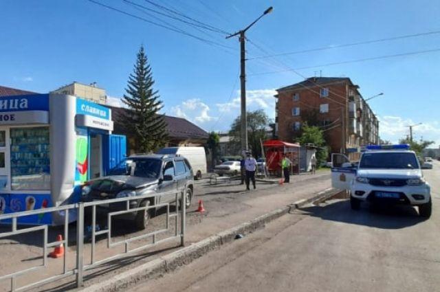 Дтп на ул. Щорса в Красноярске.